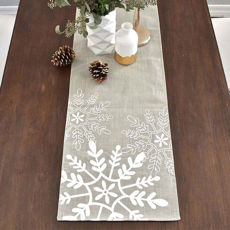 Tossed Snowflakes Holiday Linen Table Runner - Natural / White by celineandkate on Etsy https://www.etsy.com/ca/listing/115775562/tossed-snowflakes-holiday-linen-table