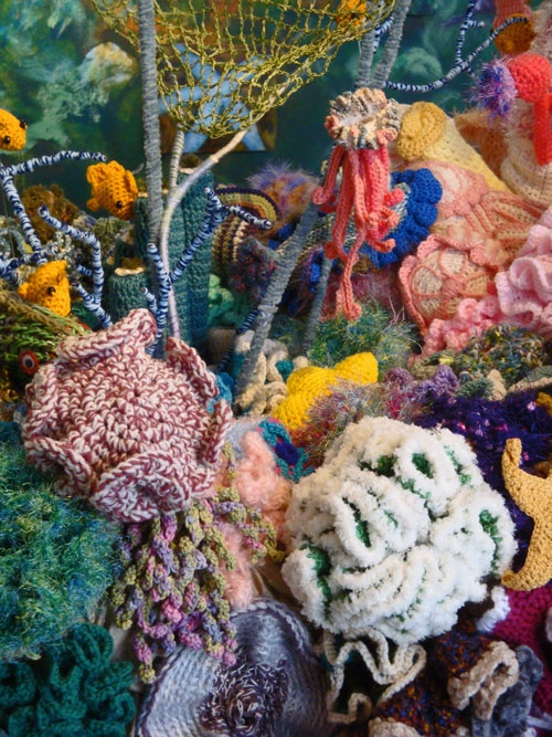 All Things Ruffnerian, a Design Blog and More: Florida's Rarest, Most Colorful Coral Reef - In crochet!