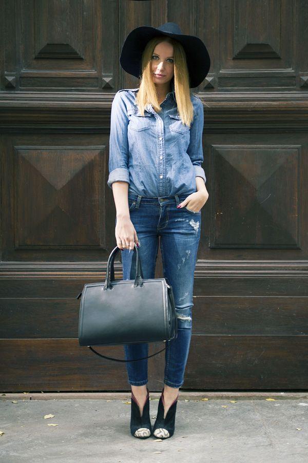 Ripped dark jeans // szaggatott sötétkék farmer – Zara denim shirt // farmering – Mango  cut out booties // kivágott bokacsizma – Zara  black wool hat // fekete gyapjú kalap – H&M black tote // fekete táska – Zara.
