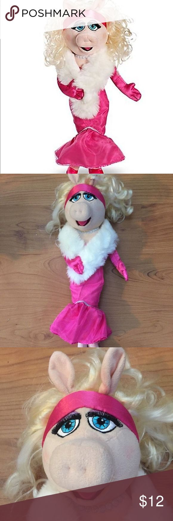 """The muppets 19 miss piggy plush doll figure Disney Miss piggy plush toy or doll - dressed up like Marilyn Monroe she is 19"""" tall and needs a new home. From the Disney store- in good used condition- owned by an adult hair is a little messy is the oh flaw - save money on items and shipping by bundling with me Disney Accessories"""