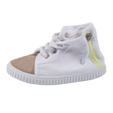 Carta Vetrata eco shoes. Sustainable fashion for kids and adults. Scarpe ecologiche per grandi e bambini.