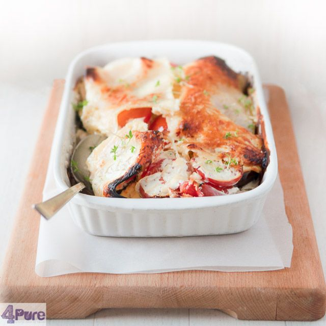 Vegetarian lasagna casserole - recipe in English - This lasagna recipe for vegetarian lasagna casserole is made up of many layers of vegetables and wonderfully flavored with Italian herbs and cheese.