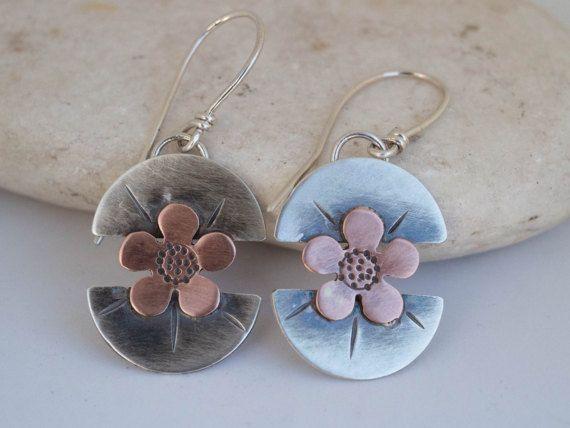 Sterling silver earrings Silver flower earrings by SILVERstro