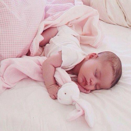 @summer_dannielle: Katelyn is such a cute sleeper