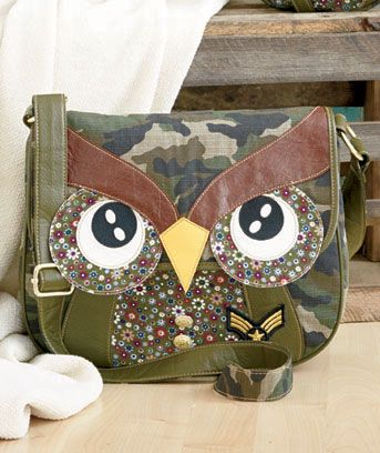 Camo Owl Bag----- Aw, it's so CUTE!!!!!!! @MissAragorn  WANT