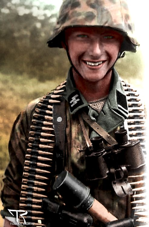an analysis of a photograph of the american soldiers in world war two Soldiers and world war two  this intro will serve as an overall reflection and analysis of the  chi-nu in american photograph if anyone can find.