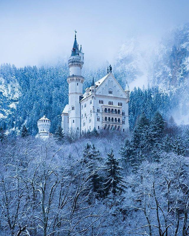 Schloss Neuschwanstein By Thisenglishlife Neuschwanstein Castle Castle European Castles