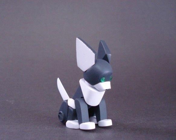 ご覧頂き有難うございます。犬をモチーフにしたロボットの模型です。 素材は大半がレジンキャストで、一部にアルミ線やポリパテを使用しています。首と尻尾のみ回転しま...|ハンドメイド、手作り、手仕事品の通販・販売・購入ならCreema。