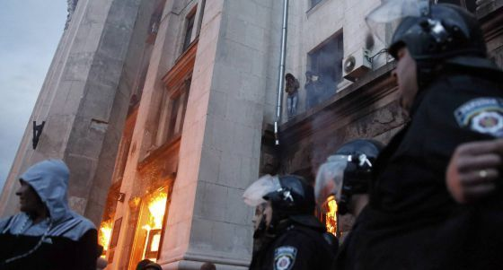 El incendio de un edifico durante los choques en Odesa deja 36 muertos | Internacional | EL PAÍS