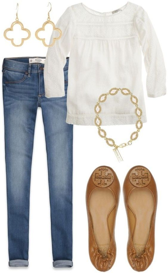📌 Jeans and white ot (with flower tendrils) and brown ballerinas, golden a …
