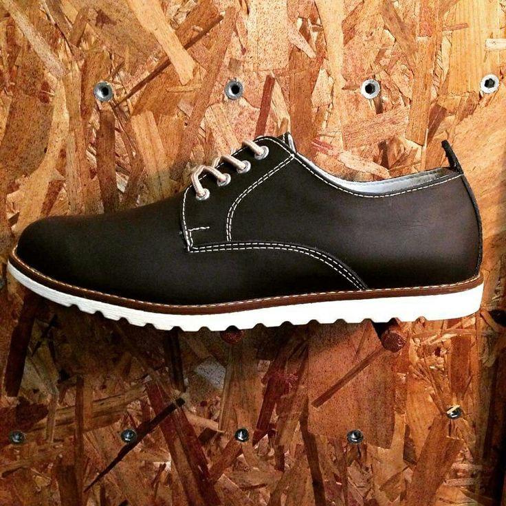 Morgate confort derby! Azul noche! Disponibles en @tebanos y @makenotienda#menfashion#instafashion#swag#swagger#boy#model#style#fashionstyle#instagood#men#look#cool#outfitoftheday#moda#mode#swagg#fashionstudy#loveit#fashion#fashionable#fashiondiaries#fashionblogger#outfit#shoes#footwear#beautiful#lovethem#moda#instashoes#shoesoftheday#shoe #derbyshoes