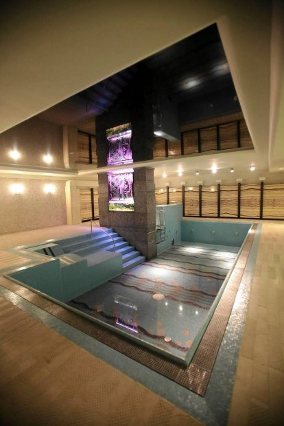Underground swimming pool @ Foksal Residence