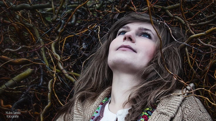 """Stories from an autumn orchard"" More at www.blog.photshot.com  MUA, hair, stylist and model - Mada Bielaszka Fotografie - Kuba Sarata/PhotShot"