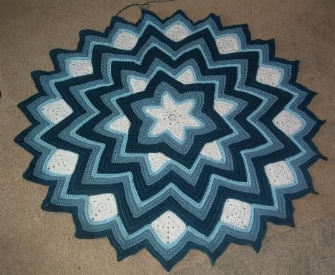 Star Baby Blanket Knitting Pattern : 6-point round ripple afghan pattern - Tim v?i Google STAR BLANKET Pintere...