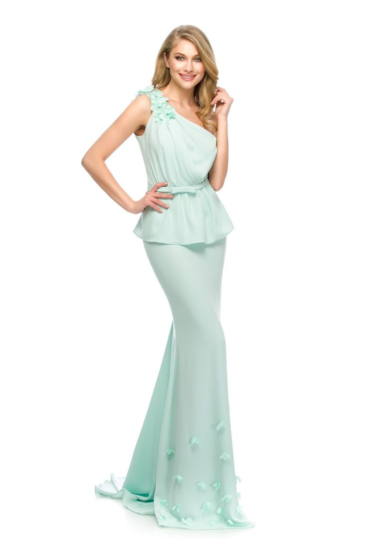 Feminine & elegant look in a beautiful mint pastel. OLY evening dress by Athena Philip >>> www.athenaphilip.ro