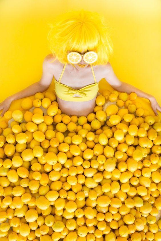 полупрофессиональные прикольные яркие картинки с желтыми вещами того чтобы