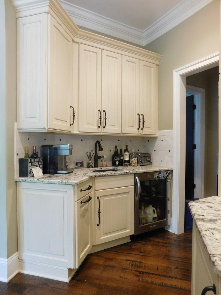 Kitchen Wet Bar Area Garrelltranquility Idealcabinets