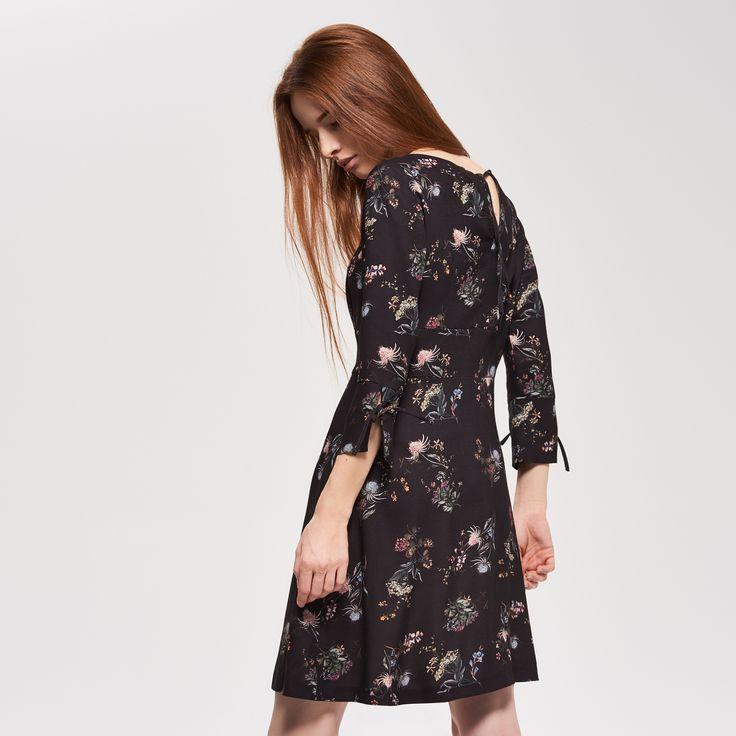 Virágos ruha, RESERVED, QM267-MLC
