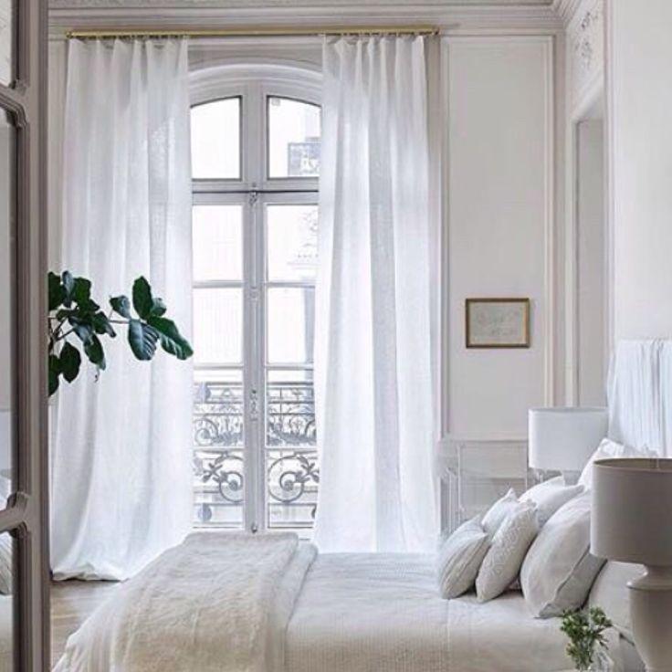 Simple curtains