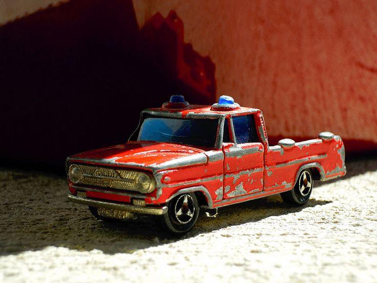 Pompiture. #voiture #majorette #car #toy #vintage #red #reduit #miniature #jouet #pompier #firemen #bombero
