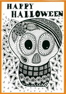 Skull zentangle art card. Zana's Cards measure 7.2″ x 5.2″, or 18cm x 13cm.They also include an envelope for you to use to send your cards. #halloweenzentangle #skullzentangle #zentanglecard #zentangleart #zanascards www.zanascards.com
