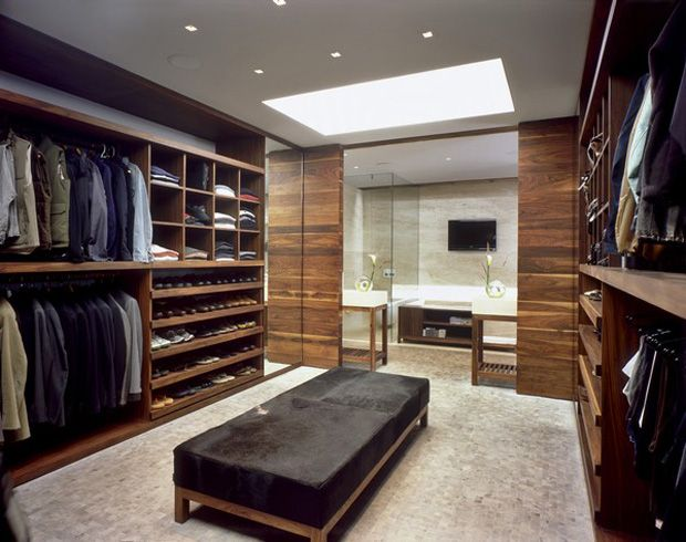 Closet by Central De Arquitectura I''d love to give my husband this closet, but we have to have a house big enough first!