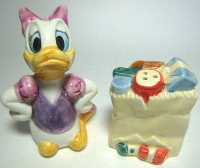 Daisy Duck and groceries salt and pepper shaker set