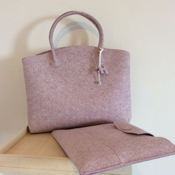 OLD PRICE euro 129,00. Case for MacBook Pro and wool felt bag, designer housing, bag work, felting wool