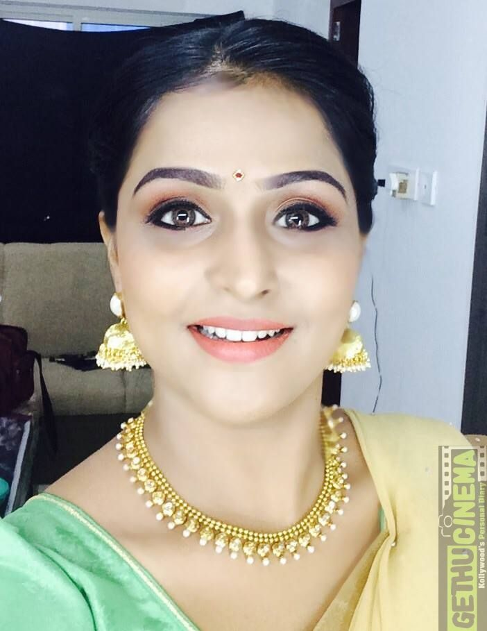 Actress Remya Nambeesan Cute Gallery Remya Nambeesan Aka Ramya Nambeesan Pinterest Actresses Indian Actress Gallery And Gallery