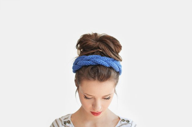 via en.dawanda.comHeadbands – Blue braid headband / Hand knitted – a unique product by plexida on DaWanda