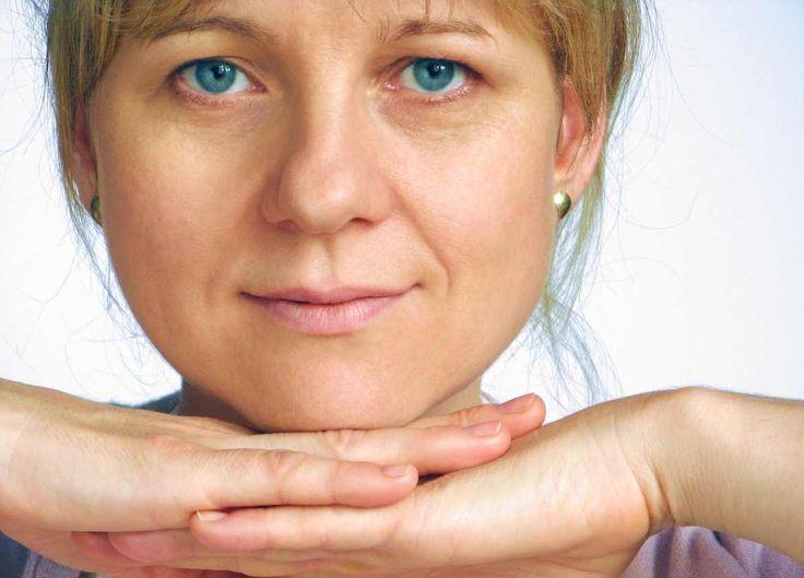 Ejercicios faciales para evitar las arrugas