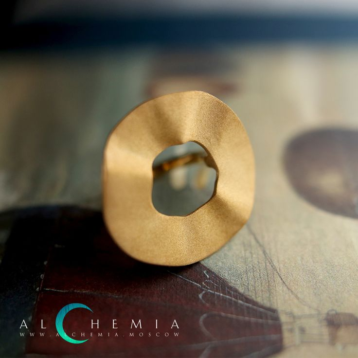 The Zero ring. Gilded silver. Handmade by Alchemia Jewellery.