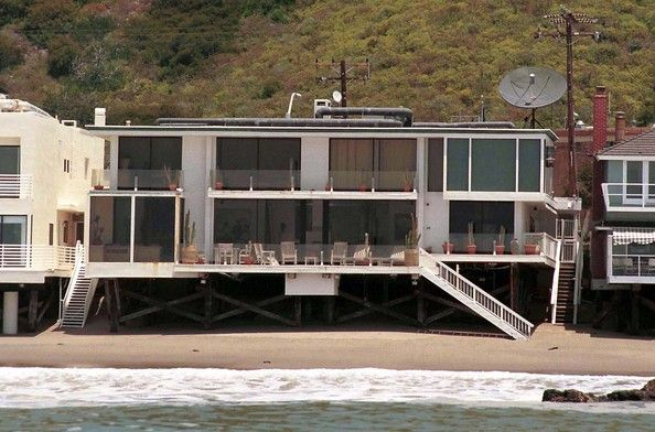 Homes For Sale in Malibu, CA | Homes.com