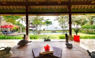 Villa Maridadi #bali #vacation #villa #balivilla #luxury #balibible #hgtv #tbt #tgif #honeymoon #beachfront #luxwt #beachvilla #villalife #travel