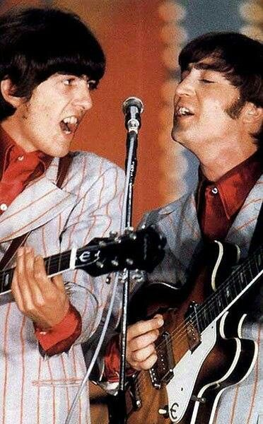 George Harrison and John Lennon (August 1966)
