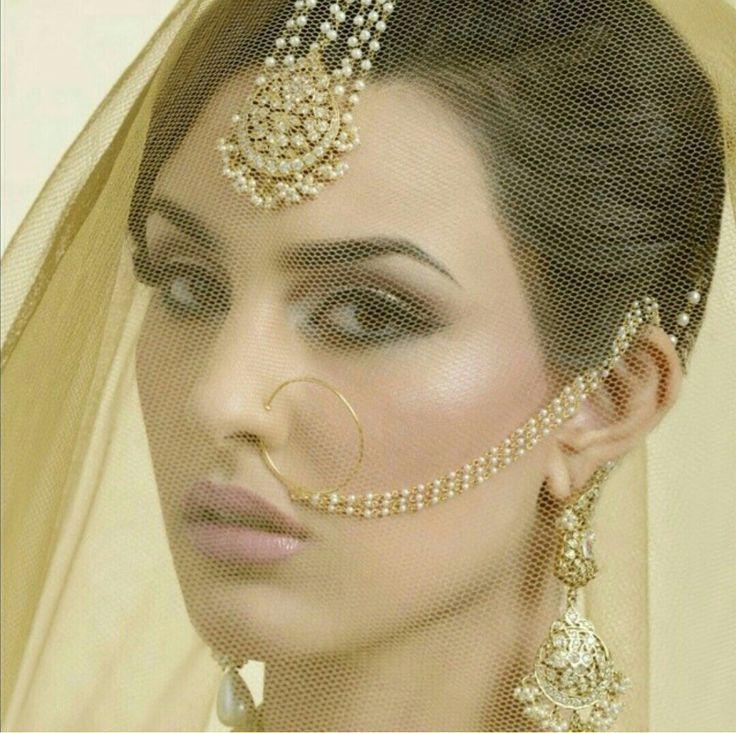 Soma Sengupta Indian Wedding Makeup- Sophistication!