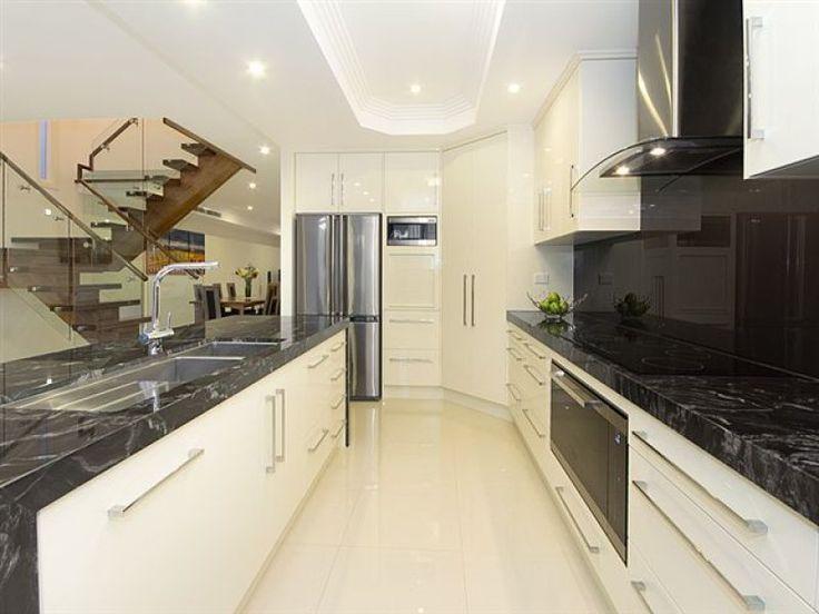 Galley Kitchen Design Ideas   Http://thekitchenicon.com/wp Content