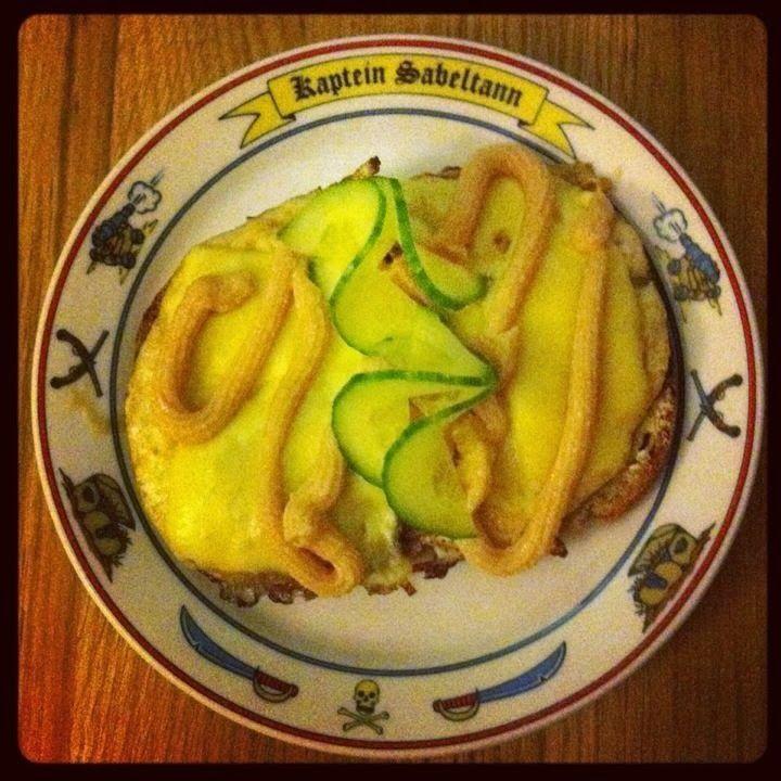 RANDIS VERDEN: Stekt egg med ost