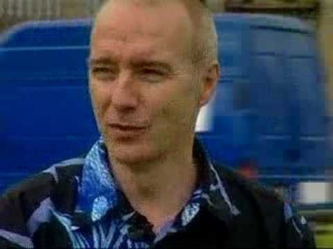 Midge Ure talks about Fade To Grey
