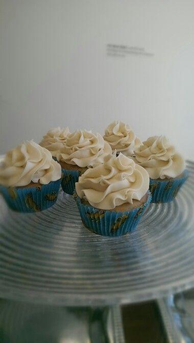 Lemon cupcakes gkuten free of course