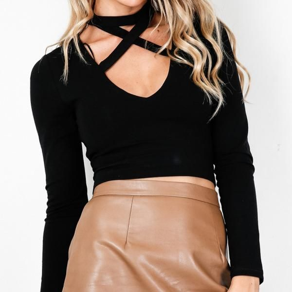 Black Long Sleeve Choker T-Shirt