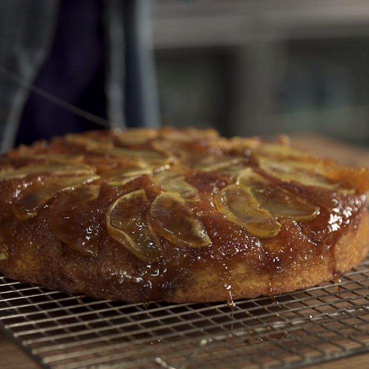 What a delicious Cast Iron Apple Pie, you have to give this a try.