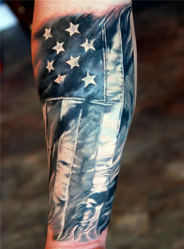 25 Awesome American Flag Tattoo Designs.