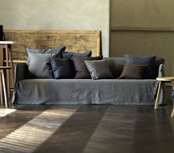 Ghost 22 - Gervasoni - design Paola Navone!  New colours same sofa =)