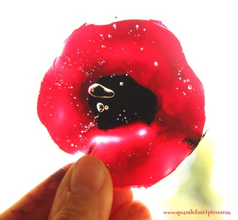 transparent paper, acrylic colors and... here are my poppies!