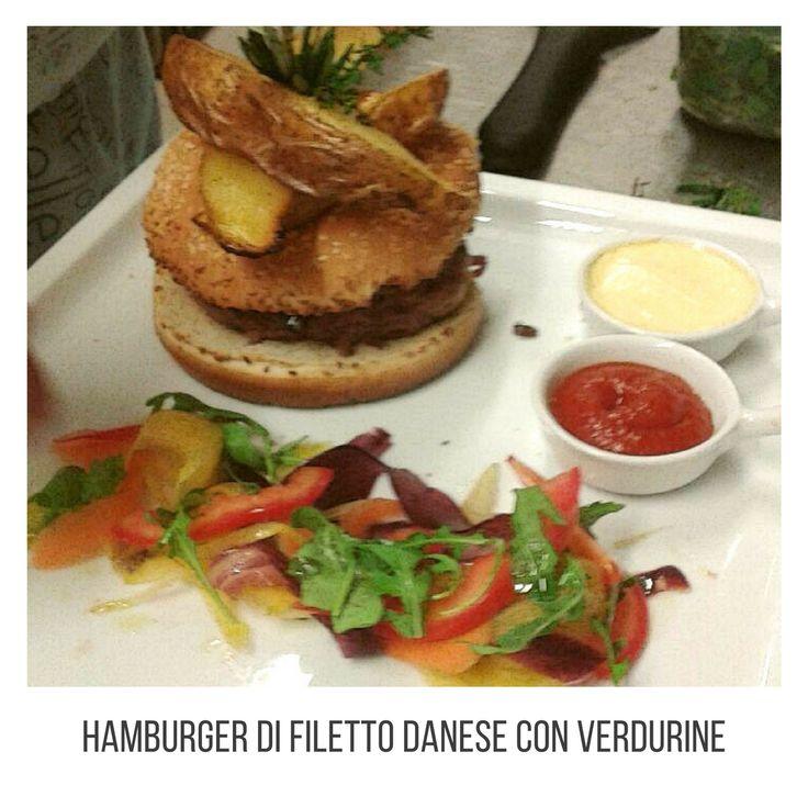 Danish fillet burger with vegetables. #food