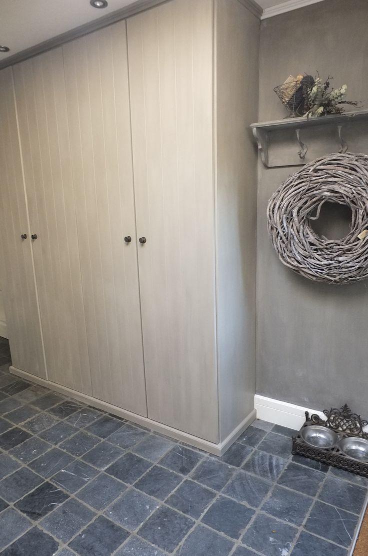Styling & Living Showroom Bijkeukenkast in Annie Sloan Chalkpaint / spotjes