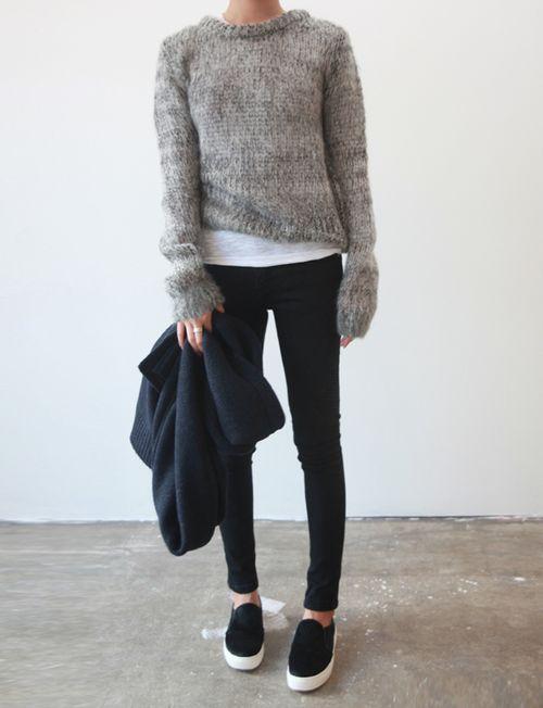 grey sweater & skinny jeans