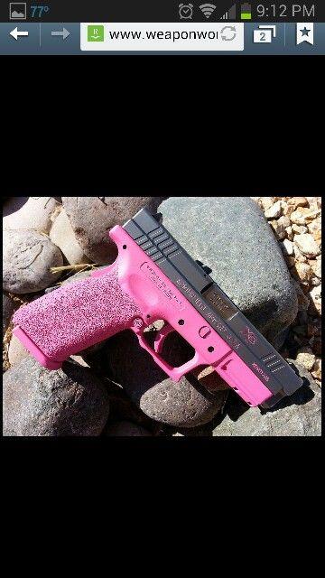 Love pink guns..