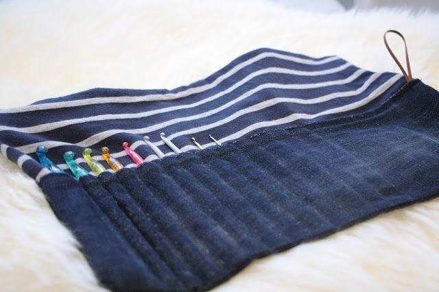 Tuntematon Tuunaaja: Vanhoista farkuista ommeltu säilytyspussi virkkuukoukuille // Crochet hook clutch made from old jeans